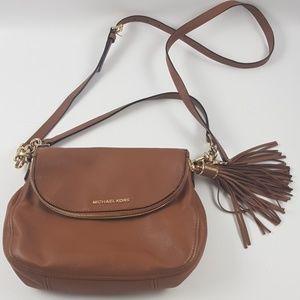 Michael kores brown cross body purse